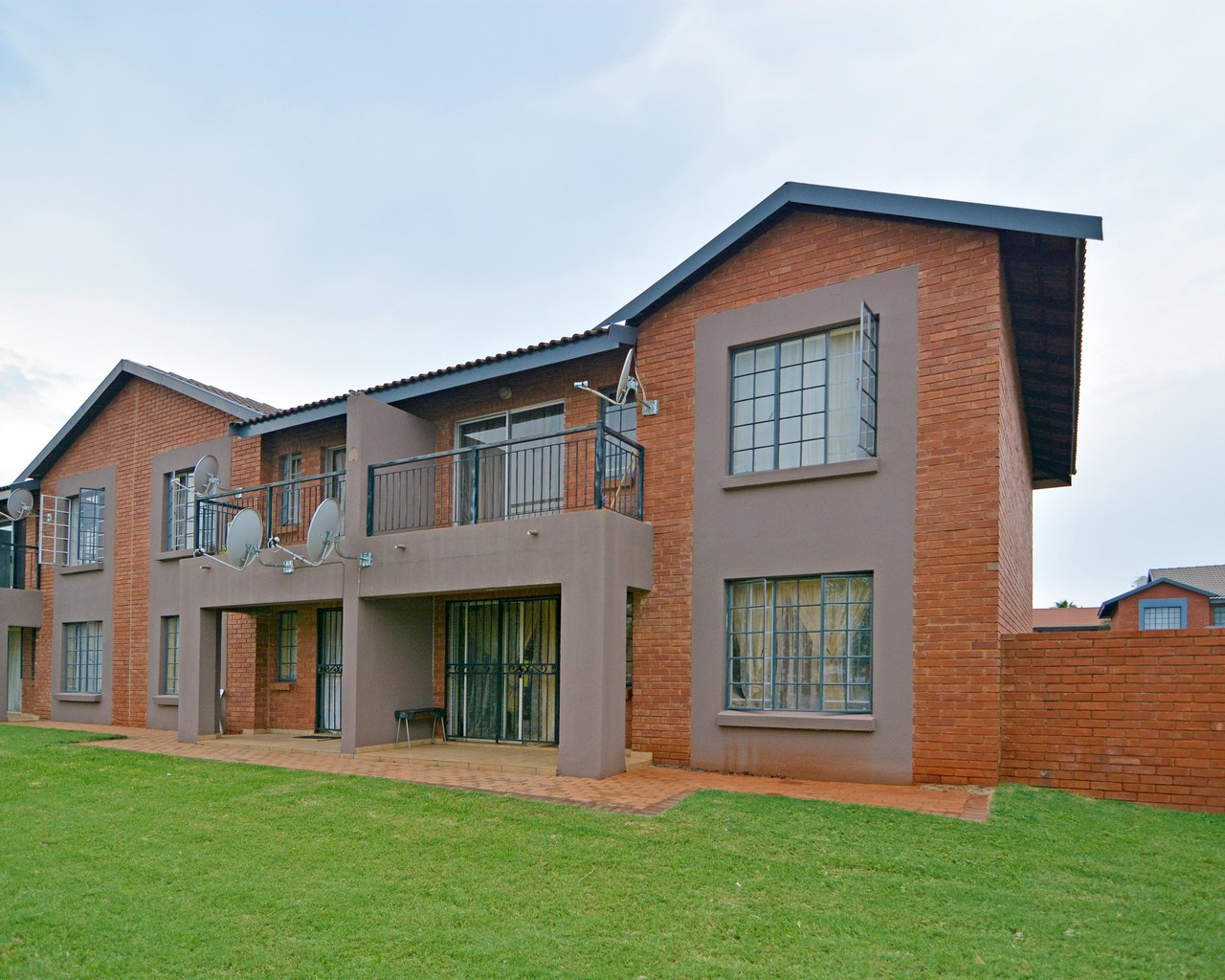 2 Bedroom Apartment To Let In Pretoria North Ihs Property Management